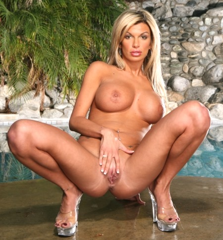 Have hot mommy phone sex with Collette tonight